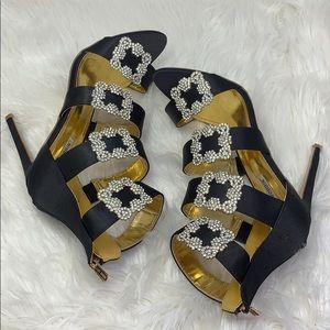Cape Robbin rhinestone buckles heels size 11